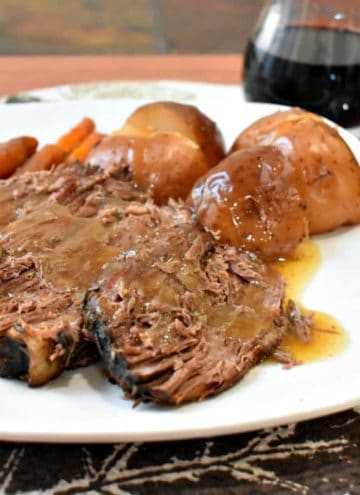 slow cooker beef pot roast and vegetables, slow cooker pot roast, pot roast