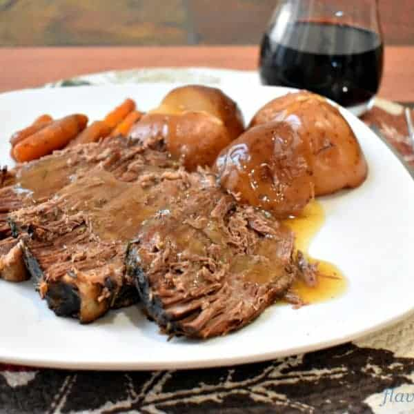 Slow Cooker Beef Pot Roast and Vegetables
