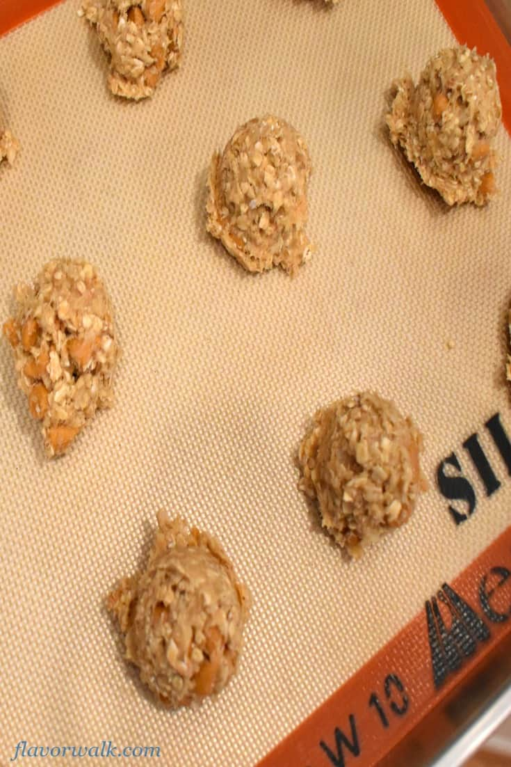 Toasted Coconut Butterscotch Oatmeal Cookies are sweet and chewy with a hint of coconut and best of all they are gluten free!!