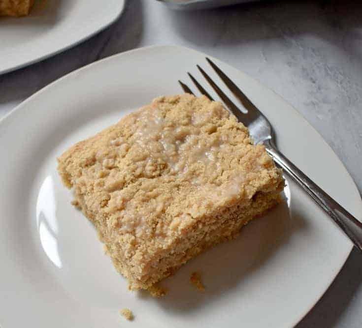 Apple Walnut Crumb Cake {Gluten Free}